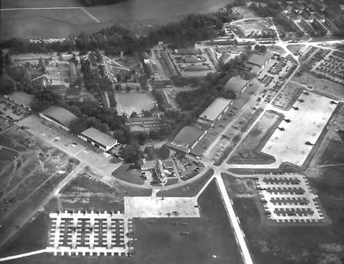 Fliegerhorst Kaserne History http://www.3ad.com/history/cold.war/feature.pages/503rd.avn.pages/fliegerhorst.field.1.htm